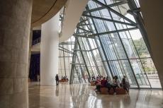 Im Eingangsbereich des Guggenheimmuseums